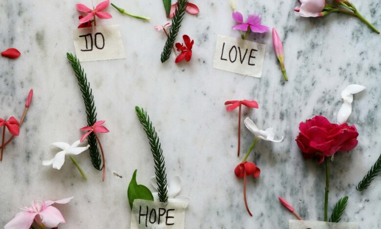 Make Your Relationship Stronger In 2021 With These Special Flowers