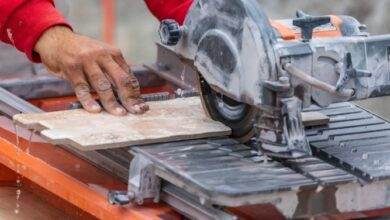How to use a Wet Tile Saw Effectively
